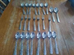 24 piece Cambridge Silversmiths SASHA SAND Stainless Lot NEW