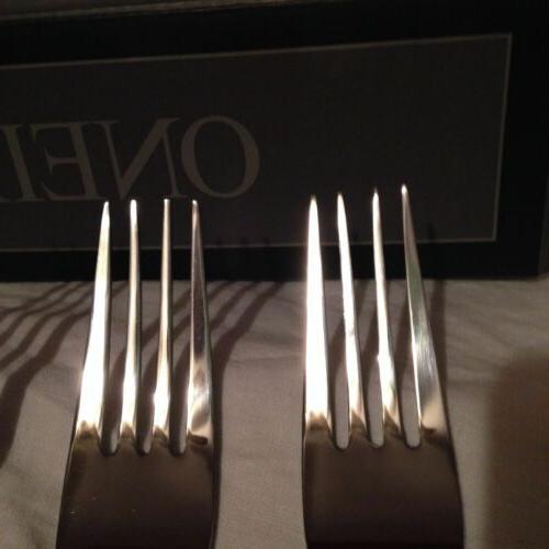 Oneida Dinner Forks 4