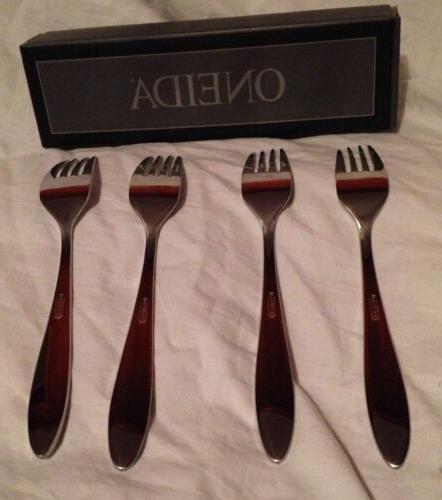Oneida Stainless Dinner Forks Set 4 New NIB