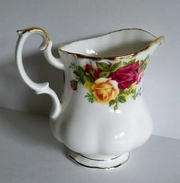 Old Country Roses 7.5 oz Creamer