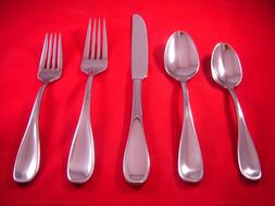 Oneida Voss Stainless Glossy Flatware Your Choice NEW